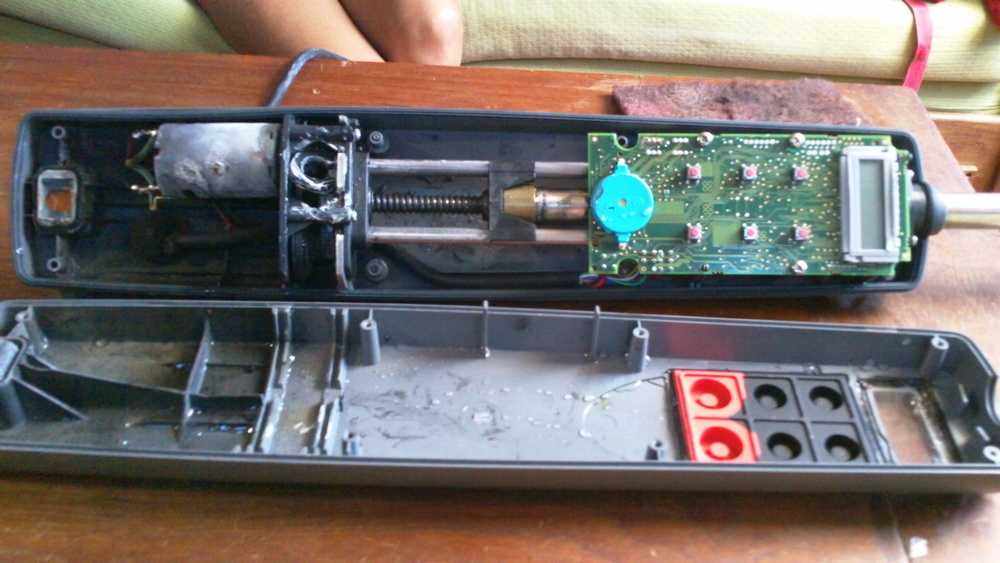 Open heart surgery: operating on a broken Raymarine ST2000+ - Take